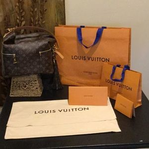 LOUIS VUITTON DUSTING BAG & 2 SHOPPING BAGS